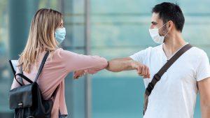 Covid-19: dicas de como se proteger em um evento social